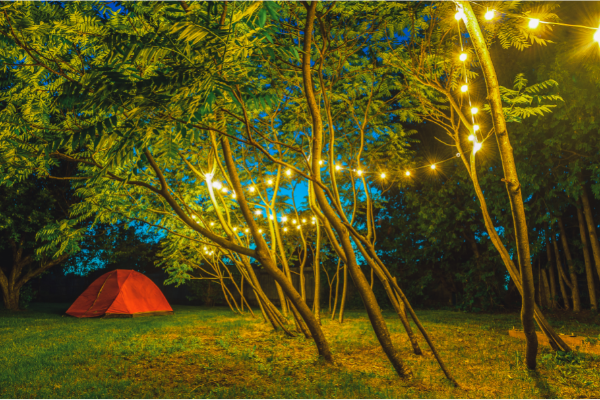 HOW TO HANG STRING LIGHTS IN A TENT